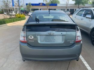 Toyota Prius 2004 Full option