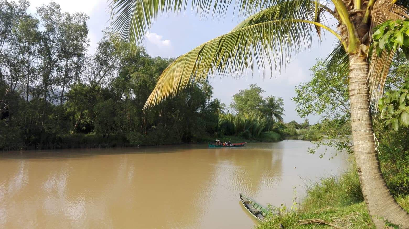 Kampot River and mountain View land for sale