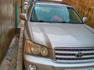 Highlander very new car for sale