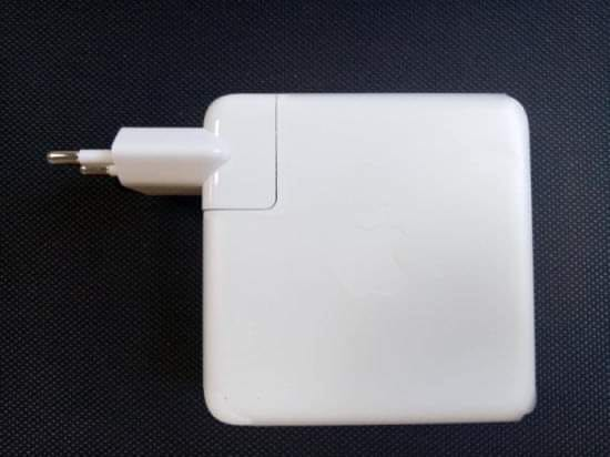 Apple charger 87W USB Type-C Power Adapter