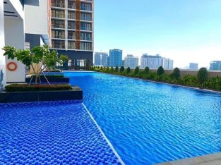 sky pool service apartment