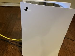 Selling Sony PlayStation 5 Game Console
